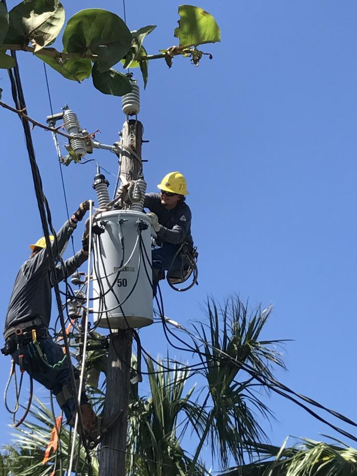 Linemen on Pole in FL